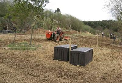 Preparación parcelas con nuestro tractor