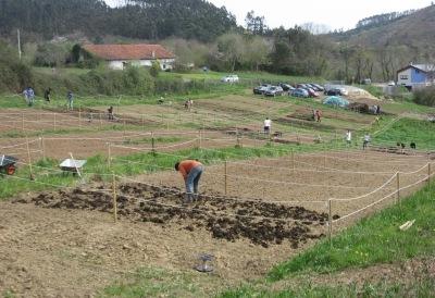 Inicio de Huertas Lúdicas en Gorliz (año 2010)